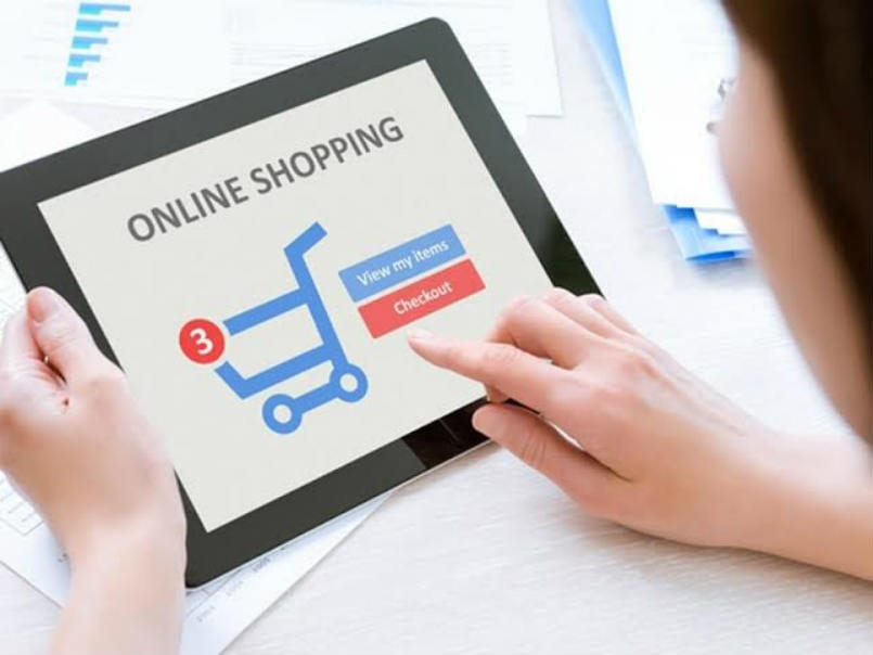 5 Reasons Why Many People Switch to Online Shopping